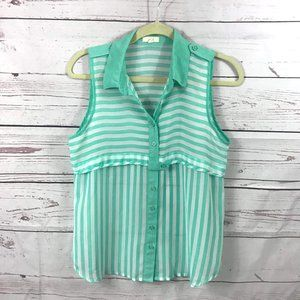 *3/$18*Pearl Button Down Short Sleeve Blouse